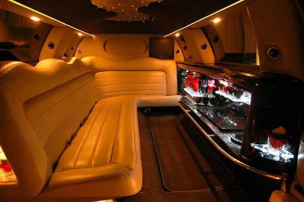 Lincoln stretch limo rental wichita