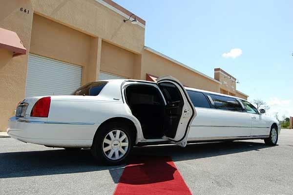 Lincoln stretch limousine wichita